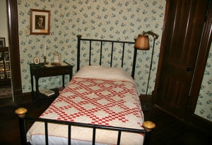 Jmaes Thurber's bedroom, although it is much more charming than it looks here. It has 2 closets, windows, and a fireplace.